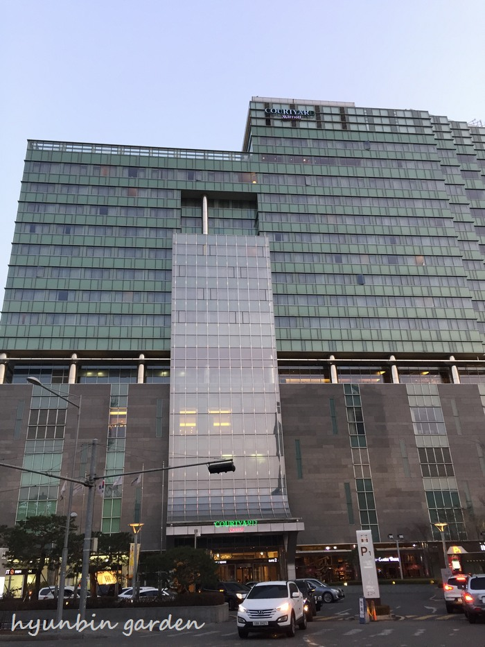 Courtyard_by_marriott_seoul_times_s